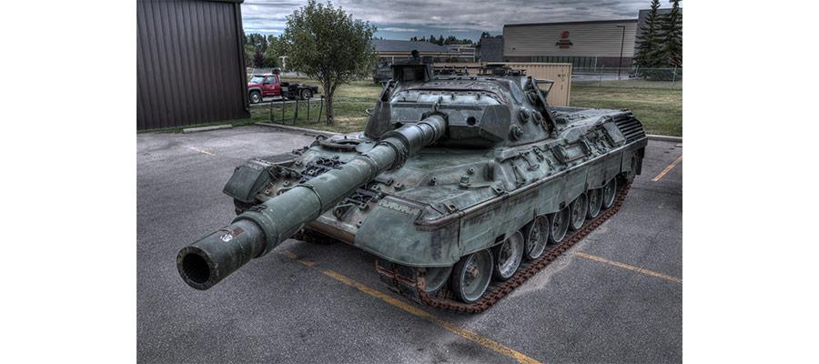 02_c0949_50_51_tanks_leopard_v2_web